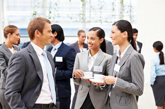 Какими могут быть этапы реорганизации фирмы